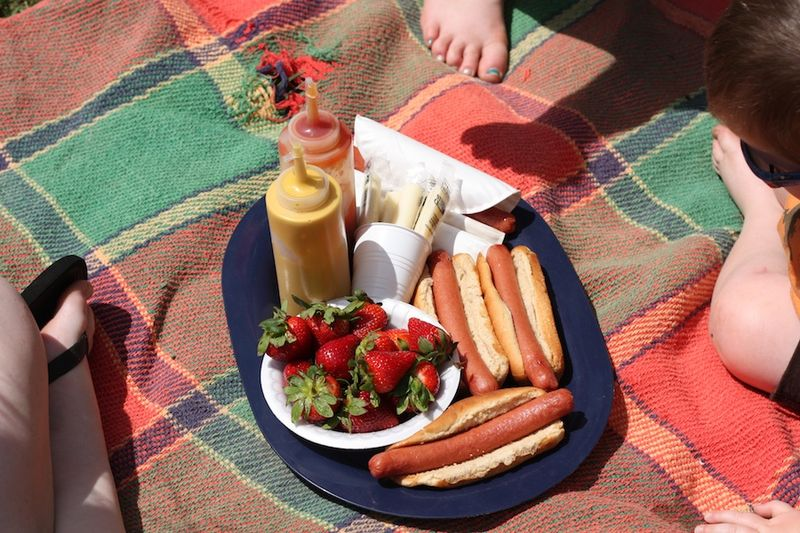 Picnicking 2