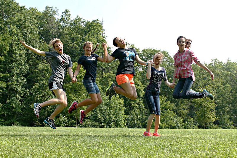 Estero-+-Berry's-Grove-Jumping-Girls
