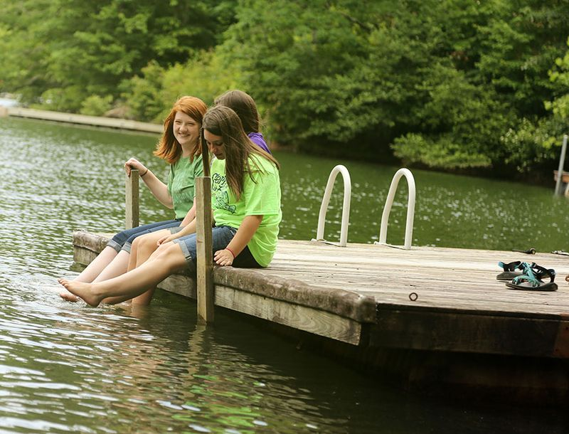 Girls-on-the-Dock