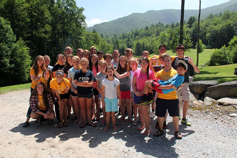 Locals-and-bold-springs-teens-at-camp